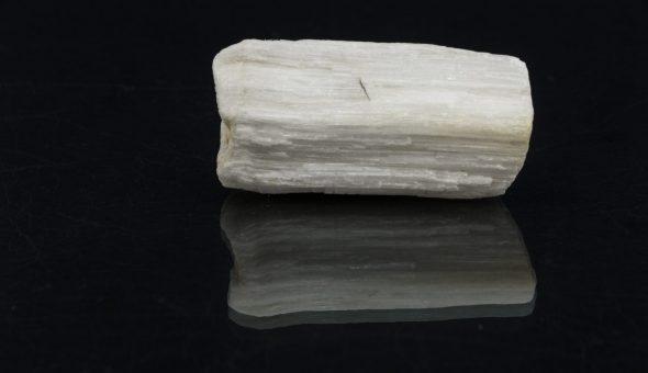 Камень Криолит
