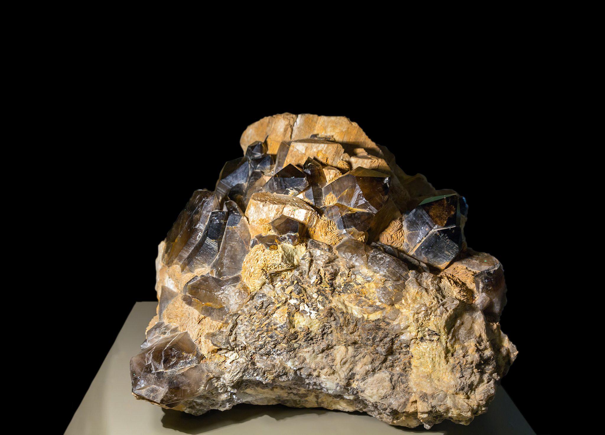 Раухтопаз камень свойства знак зодиака