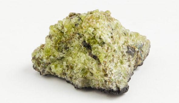Очень древний камень