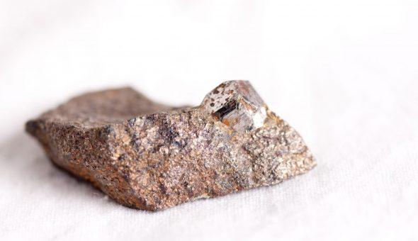 Сильный камень